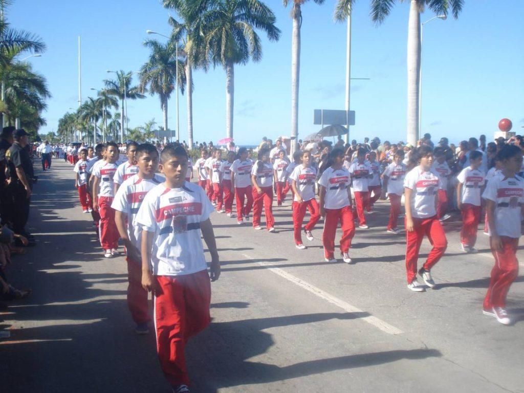 indecam-desfile
