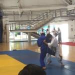 pelea de moises por la medalla de oro
